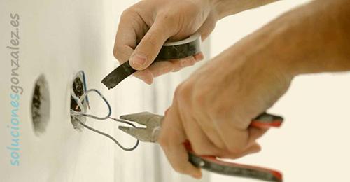 Electricistas urgentes en Benidorm las 24 horas
